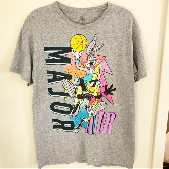2d522d89e074 ... Vintage Looney Tunes Basketball Graphic Tee. M 5bd4fa0c0e3b86487d347116